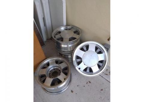 GMC Chevy Custom Rims - $125 (Inverness)