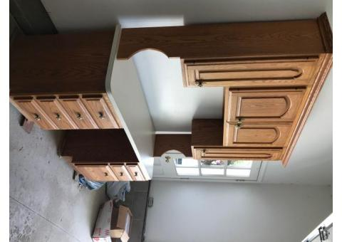 Oak dessk with upper cabinets