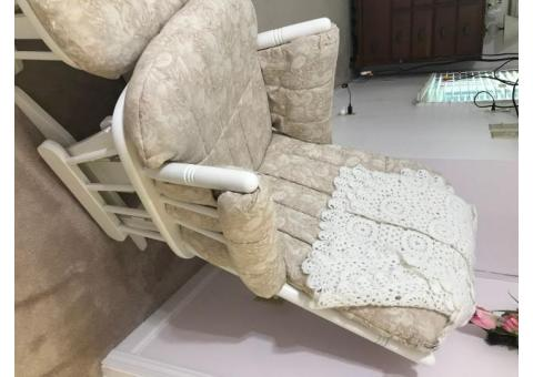 Gliding rocking chair with gliding ottoman
